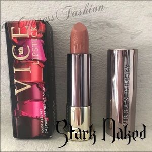 😍 2/$20 Urban Decay Vice Lipstick in Stark Naked